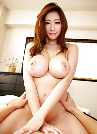 Beautiful Japanese MILF JULIA