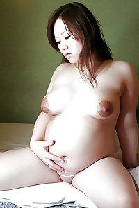 Pregnant asian women 2