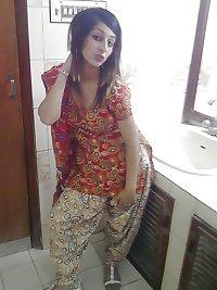 Paki girl uk Beautiful Pakistani